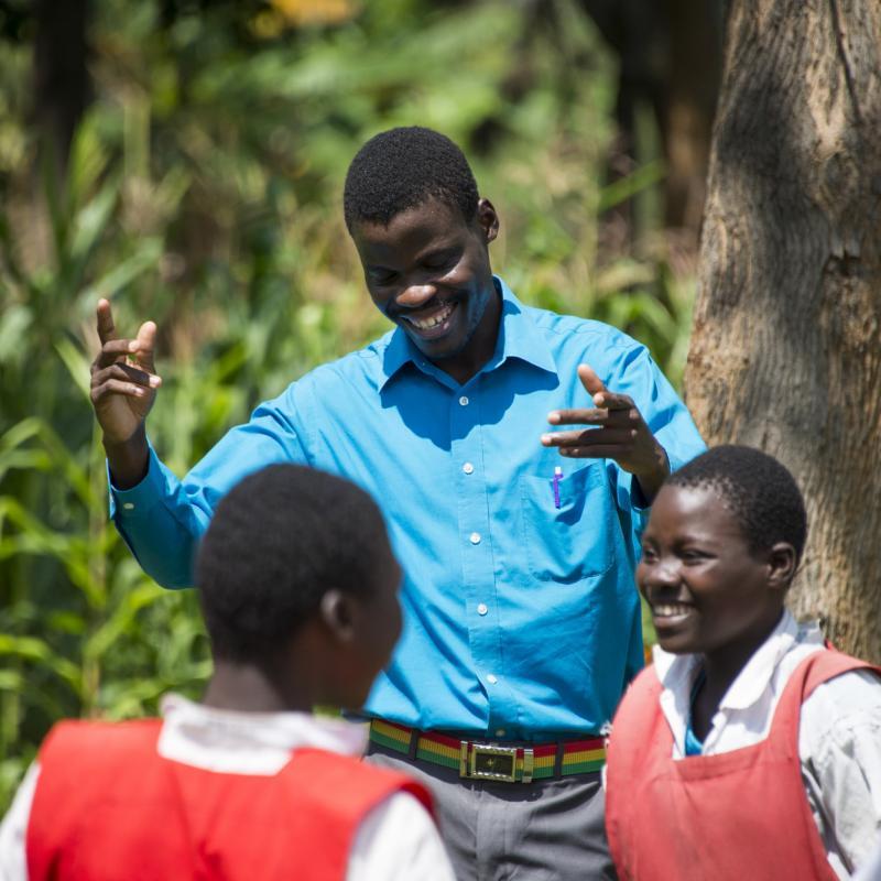 Volunteer Sylvester in Kenya