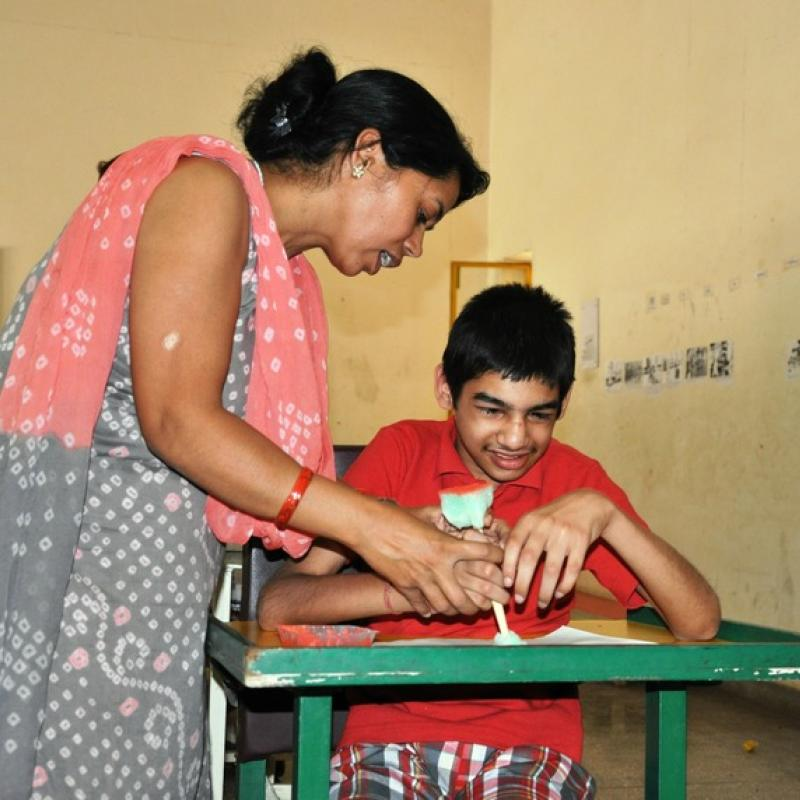 Teaching children with visual impairment in Indian classroom | VSO