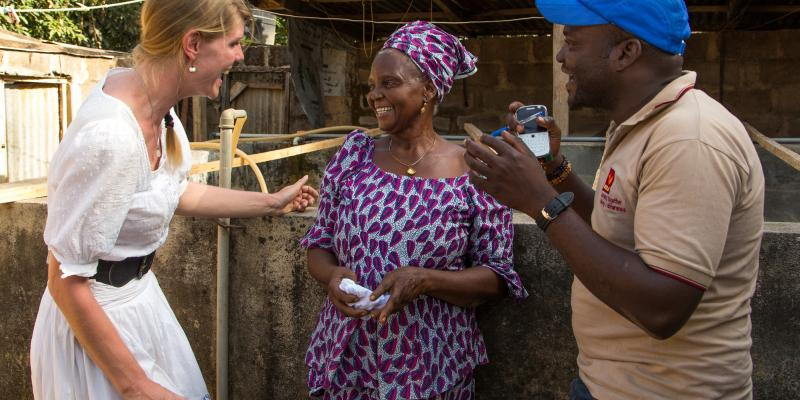 Accenture corporate volunteer Sanne working in Nigeria