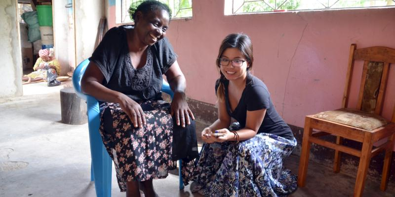 A Peanut Butter Processor, Celina Kisha Chibanda, in Iringa with VSO volunteer, Sandy Hung (R)