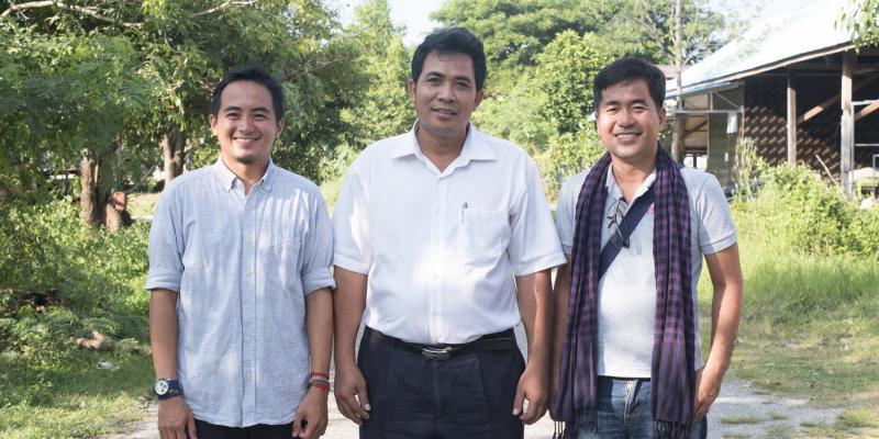 In Sovannmony with international volunteers Al Razon and Giovanni Villafuerte