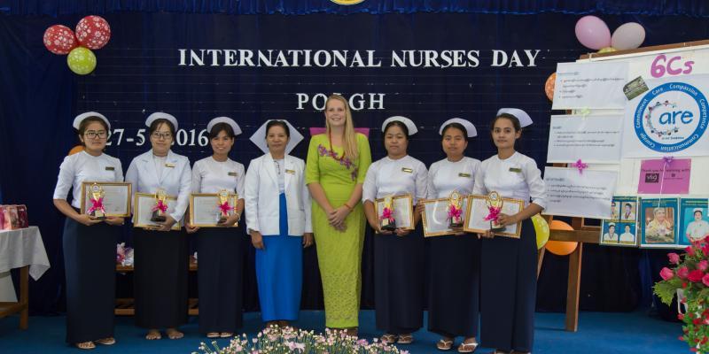 Volunteer nurse Jennnifer Sims with students in Myanmar