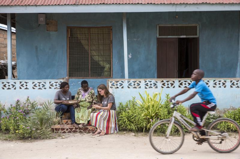 ICS volunteers in Tanzania