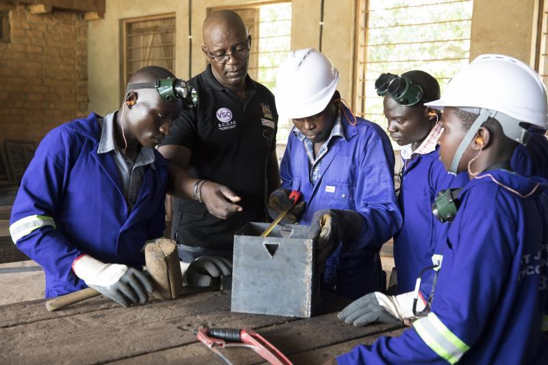 Volunteer Nobert in Uganda