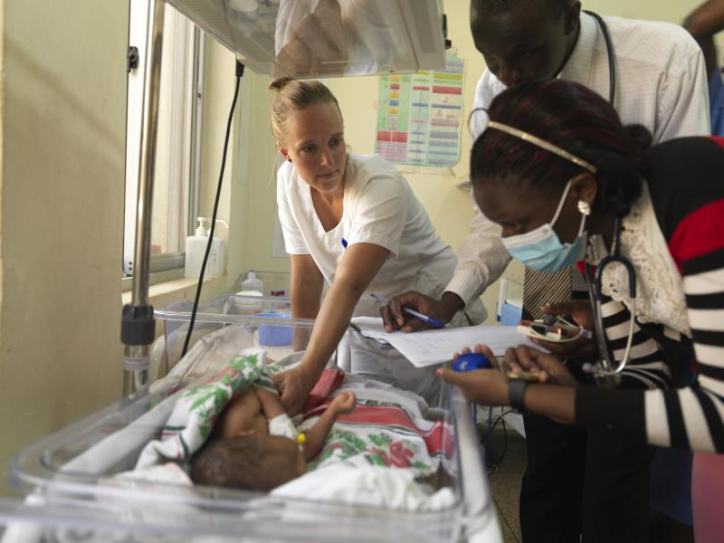 Gerieke Zandberg, paediatric nurse, training other nurses in neonatal life-saving skills