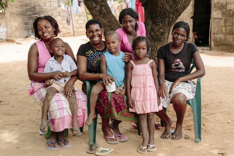 Rute with her family in Mozambique