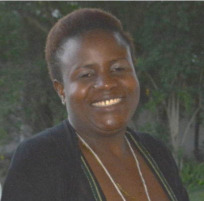 Tokozile Dhodho, Zimbabwean national volunteer with VSO